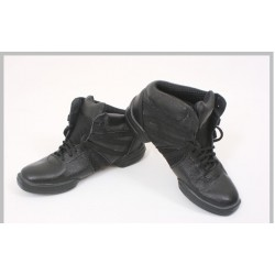 Модель: Кроссовки-ботинки №220